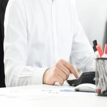 工商地址抽查时存在某些问题会导致企业地址异常,如果不及时进行地址解非,法人可能会被纳入失信名单、限制消费,不能担任公司高管等。